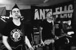 "Anti-Flag lança clipe da inédita ""When the Wall Falls"""