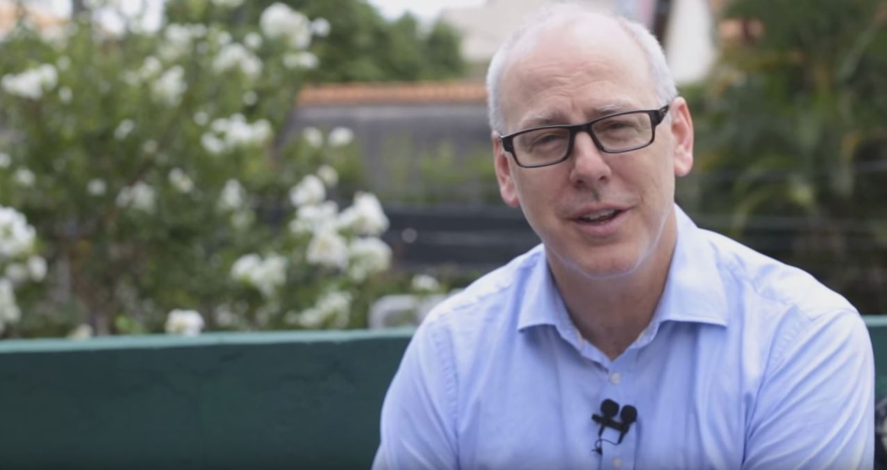 Greg Graffin Bad Religion fala sobre empreendedorismo