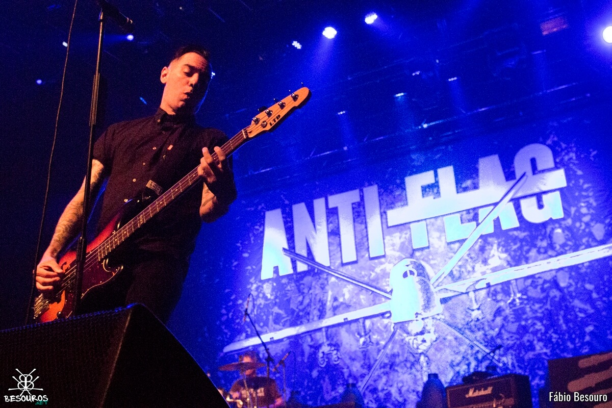 anti-flag-rock-station-2016-04