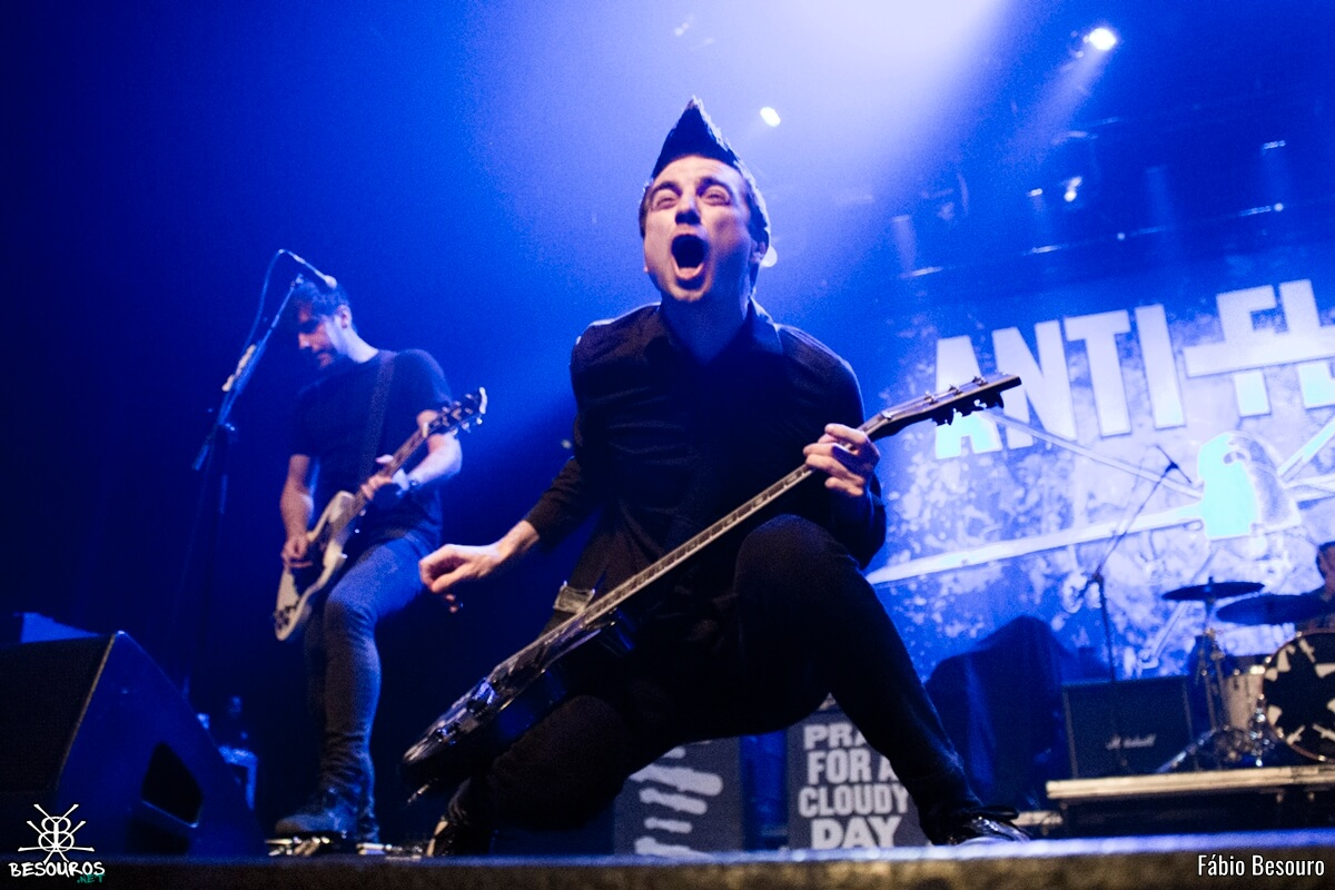 anti-flag-rock-station-2016-06
