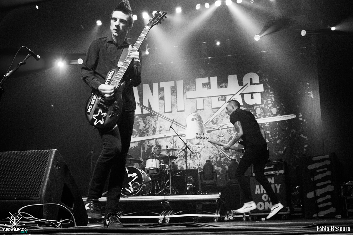 anti-flag-rock-station-2016-09