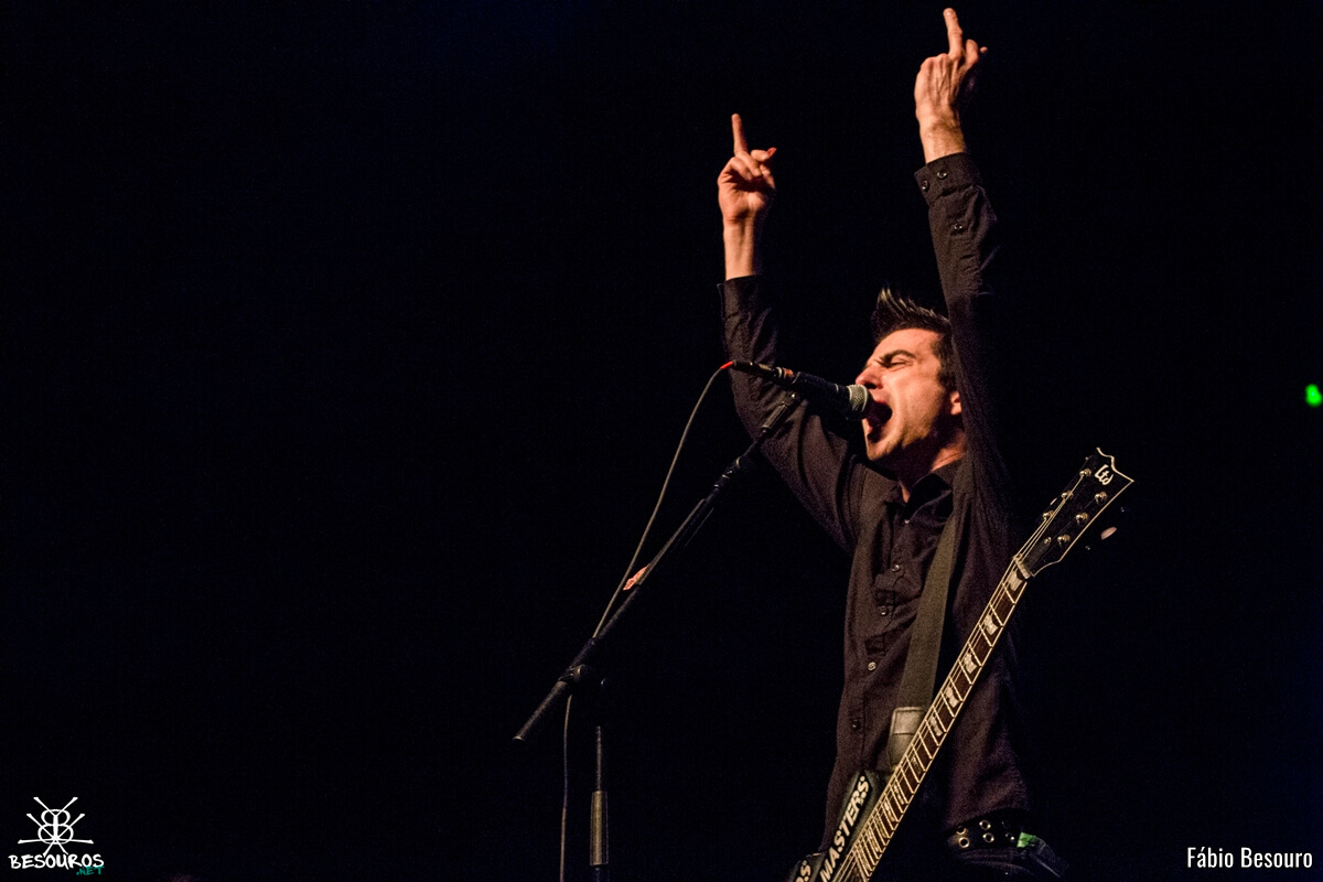 anti-flag-rock-station-2016-12