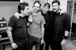 "The Bouncing Souls divulga a inédita ""Writing on the Wall"""