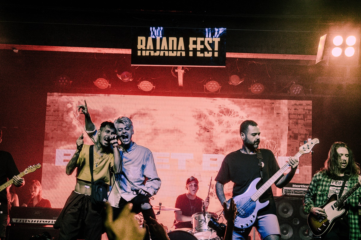 Rajada Fest com Bullet Bane, Ponto Nulo no Céu, Manual e Black Days