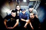 "Less Than Jake divulga nova música: ""Whatever the Weather"""