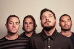 "Thrice lança clipe de ""Hold Up A Light"""