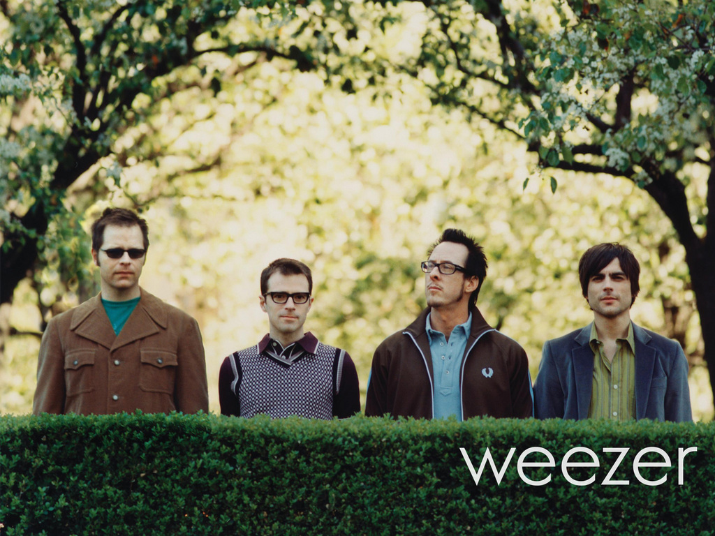 "Weezer lança nova música e clipe: ""Thank God for Girls"""