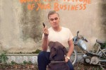 "Nova música do Morrissey: ""World Peace Is None Of Your Business"""