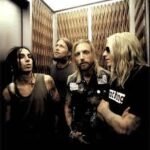Ouça Novo Do Backyard Babies